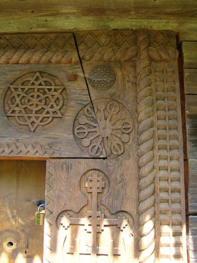 Biserica_de_lemn_din_Budesti_Josani